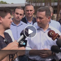 Хит на социјалните мрежи | Груевски го зеза новинарот дека не е информиран дека ВМРО ќе тепа на локалните!