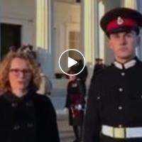 """Ова е Македонската гордост, Милош Трендевски најдобриот меѓународен студент во класата на Кралската воена академија """"Сендхрст'"""" во Велика Британија!"""