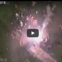 МВР објави ново видео од насилните протести каде јасно се гледа насилието врз полицијата со стапови , цигли, молотови коктели...