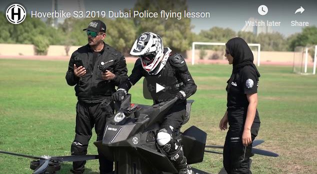 Полицијата во Дубаи почна да ги тестира летачките моторцикли