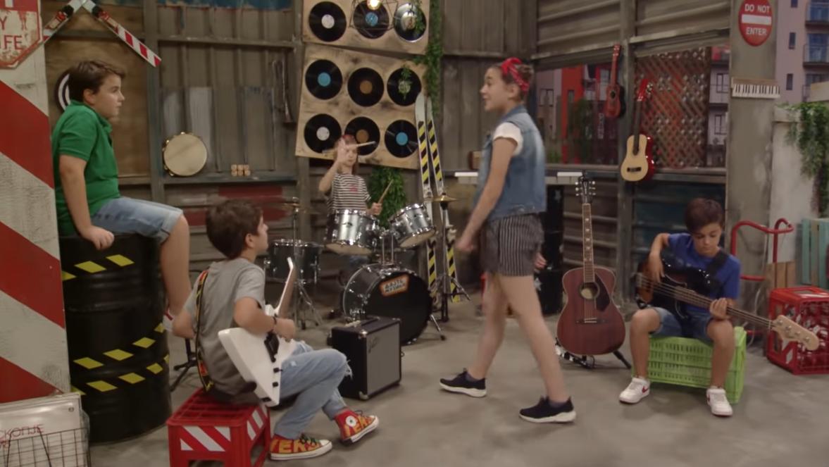"""Дајте музика S02E20 – """"Писмо до непознато другарче"""""""