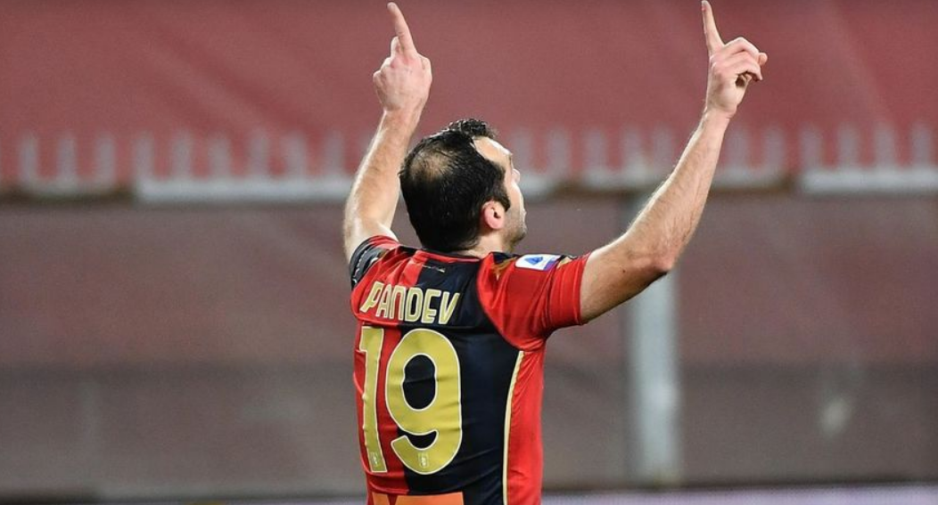"""ИСТОРИЈА: Горан Пандев даде два гола и влезе во """"клубот 100"""" во Серија А! (ВИДЕО)"""